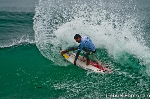 Adriano de Souza Surfing